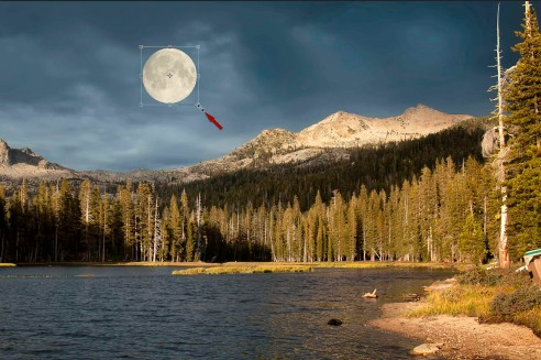 Resizing_the_moon_with_the_Free-Transform_Tool_arrow_2300x1529_Q20-492x327.